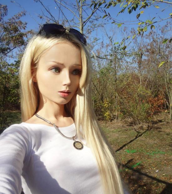 Real Life Barbie Before And After Body Valeria Lukyanova's Qu...